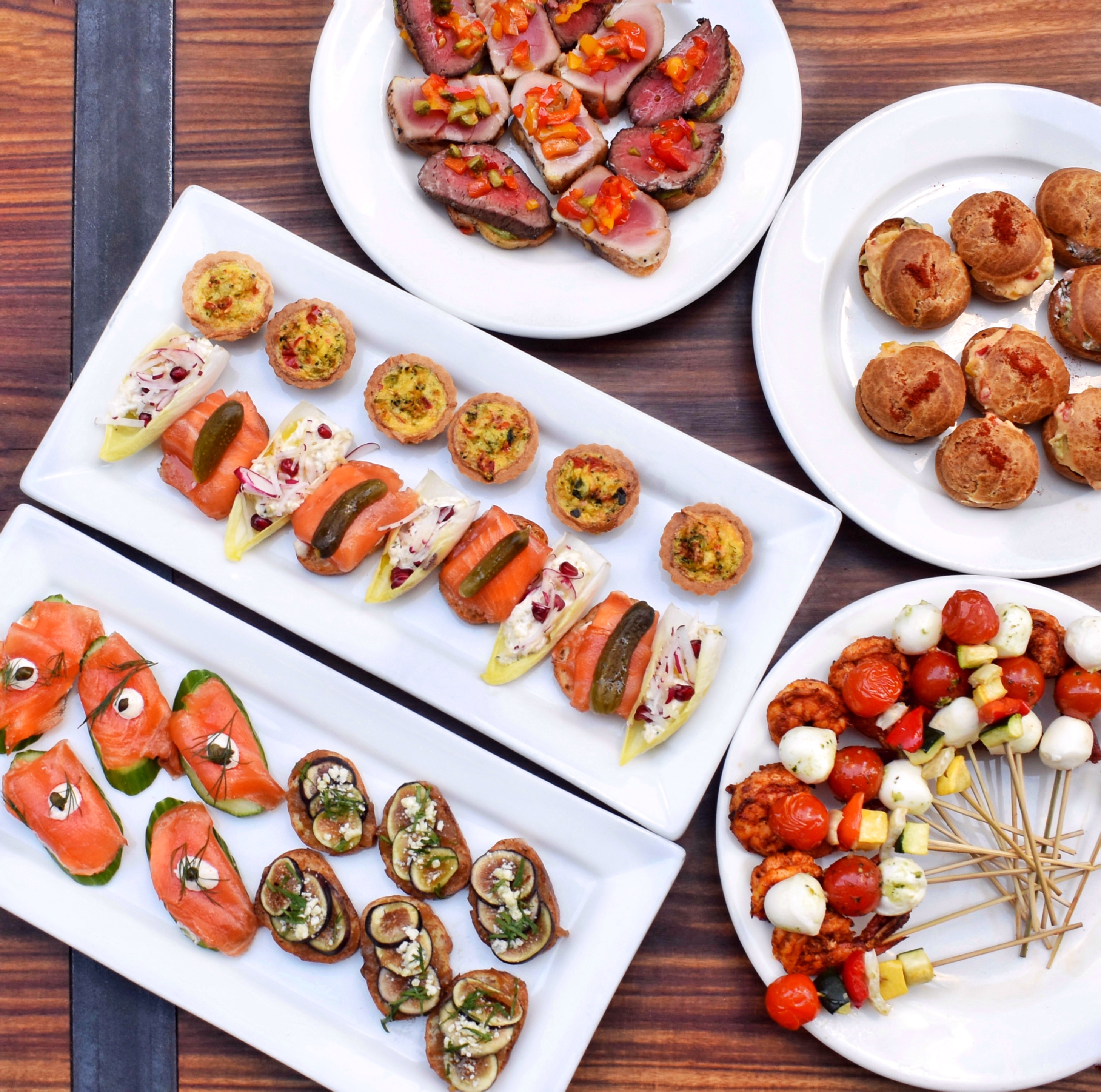 HOLIDAYS' NEW HORS D'OEUVRES