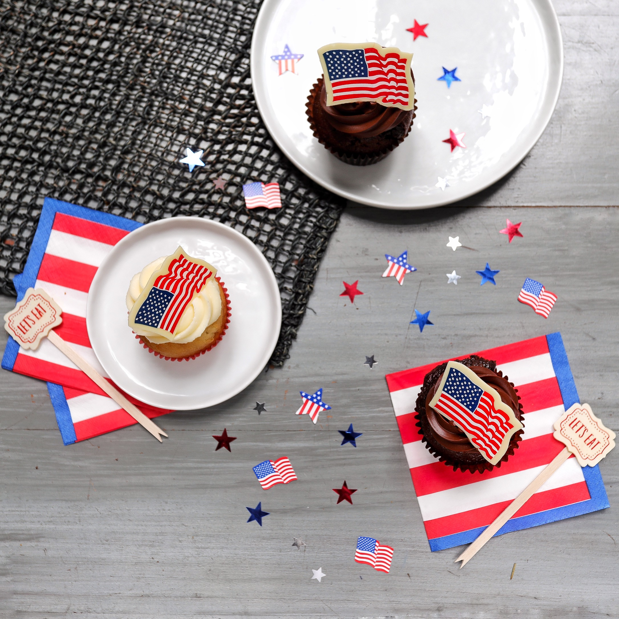 MANGIA'S FOURTH OF JULY CUPCAKES